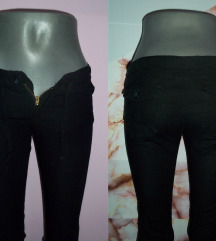 ❤️ Crne pantalone ❤️