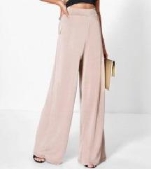 NOVE palazzo puder roze pantalone :)