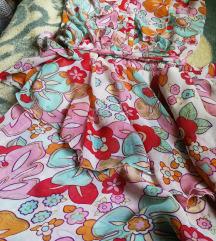 Divna cvetna haljina