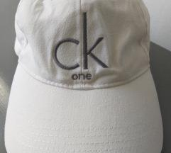 Calvin Klein beli kacket