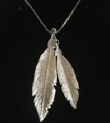 Prelepa zenska ogrlica AZENDI