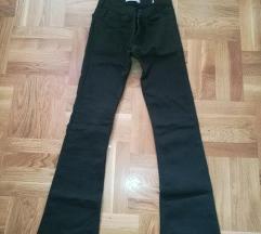 Zenske pantalone, velicina S
