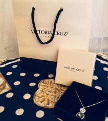 Victoria Cruz srebrna ogrlica