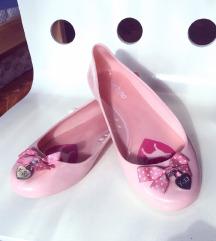 Nezno roze gumene baletanke