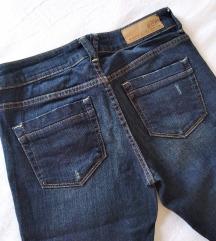 Nove Esprit Kapri teksas pantalone