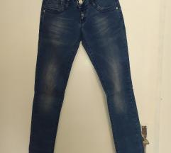 Fioretto jeans farmerke nove