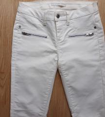 Bele kozne pantalone sa zipom novo