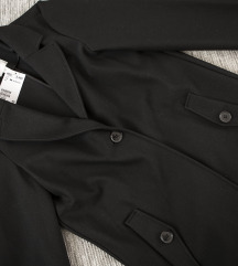 Crni jesenji HM kaput, vel. 36