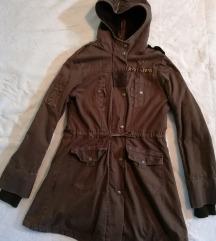 Braon jakna za zimu 🌿