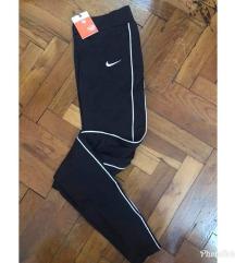 Nike helanke novo