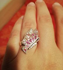 Srebrn prsten sa leptirom