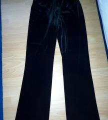 Crne,pliš pantalone