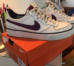 Nike patike sa kutijom