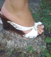 Papuce na platformu 39