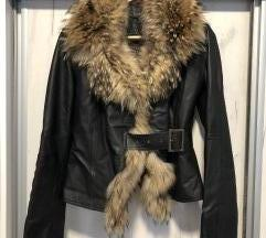 SNIZENO 17.500 RSD Kozna jakna sa pravim krznom