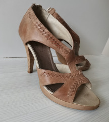 Bata kozna sandale
