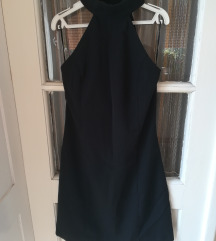 Crna haljinica snizena na 750