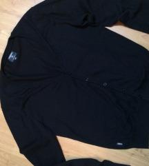 Muški crni džemper na raskopčavanje