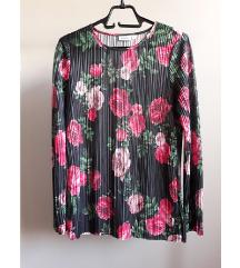 KappAhl cvetna bluza za leto