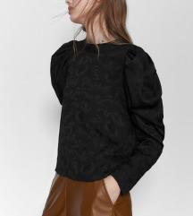 Nova Zara bluza sa puf rukavima  s i xs