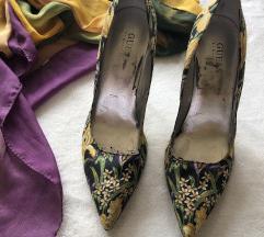GUESS floral cipele broj 37,5 i poklon esarpa