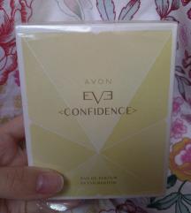 Parfem EVE confidence