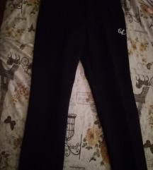Crne nove sportske  pantalone S