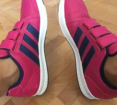 Adidas 1200