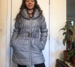 Siva zimska jakna kao NOVA