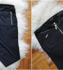 RezzEXTE' italijanske pantalone sa zipovima