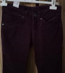 BENETTON skinny pantalone kao nove Xs/s