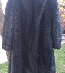 Crna veštačka bunda