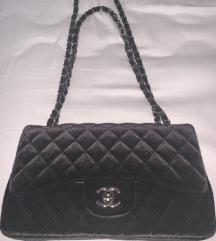 Chanel crna torba od plisa