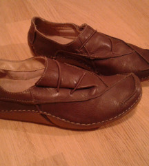 Clarks braon cipele  37,5 velicina