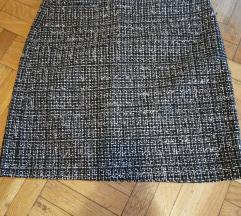 Crno - bela zimska poslovna suknja
