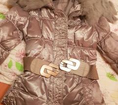 Prelepa jakna sa pravim krznom