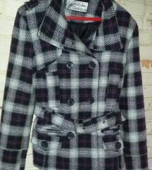 zenska karirana jakna