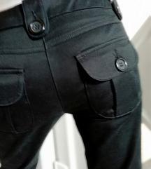 Savrsene pantalone h&m  7/8💣rasprodaja