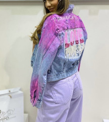 Teksas jakna, pink detalji