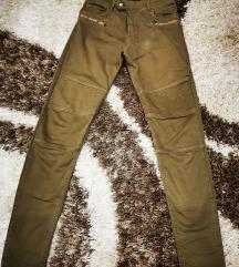 Pantalone duboki struk