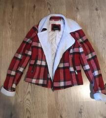 Crvena biker jakna
