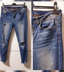 RezzZARA basic ripped jeans