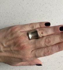 Masivan srebrni prsten