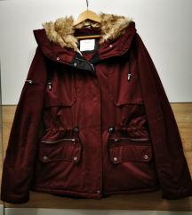 Bershka zimska jakna kao nova