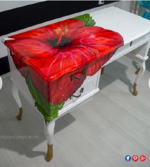 TRAZIM ovaj unikatni sto