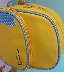 ** Nova torbica sa macom **