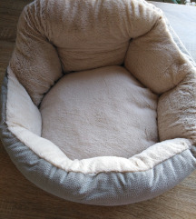 Krevet za macke ili manje pse