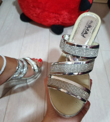 Elegantne papuce na platformu