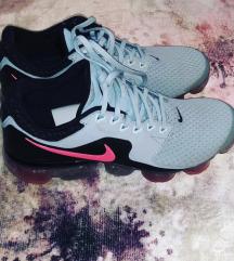 Nike NOVE