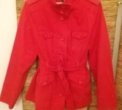 Crveni H&M mantil